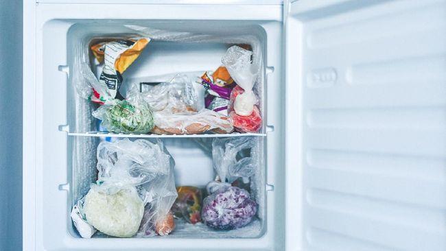 5 Makanan yang Tidak Boleh Disimpan di Freezer
