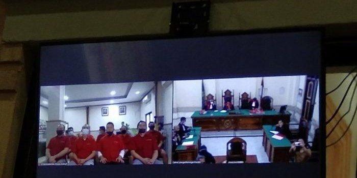 8 Oknum Polisi Terbukti Terlibat Rekayasa 372 Kg Ganja 'Tak Bertuan' Bripka Witno Lolos Hukuman Mati